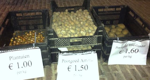 Het verkoop van pootaardappelen is weer begonnen. Nu ook plantuien!